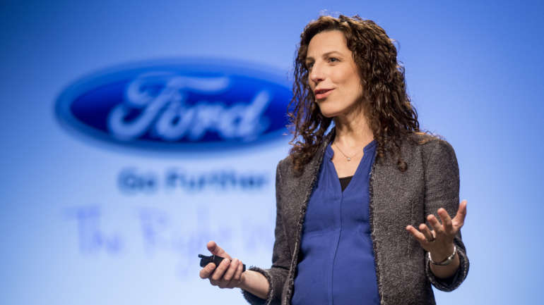 """""""We denken vaak dat stabiliteit de sleutel tot werkgeluk is""""  (Interview met Harvard-professor Francesca Gino)"""